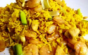 arroz con calamares y gambas