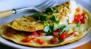 omelette de pollo y tomate