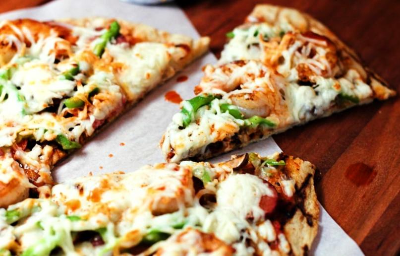 pizza de cebolla de verdeo