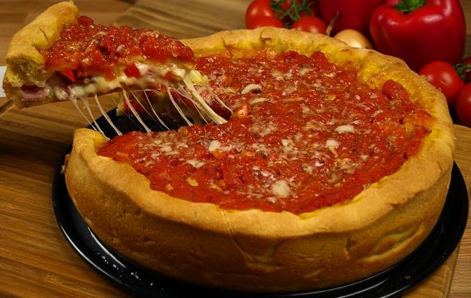pizza rellena de jamon y queso